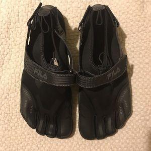 Women's Fila Ez Slide Skele-toes Sz10